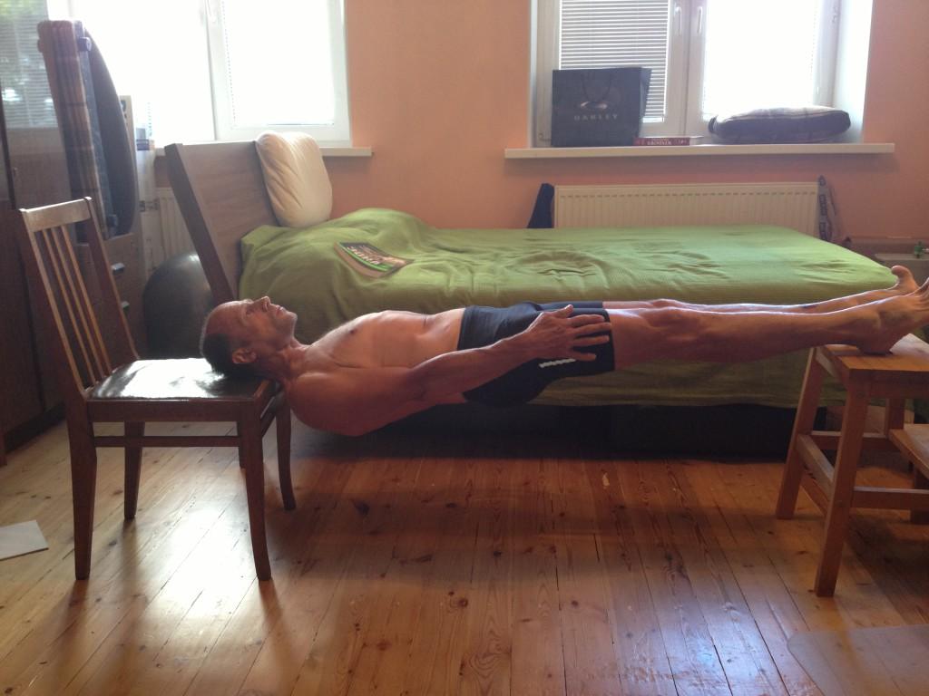 Мышцы пресса испины— очень важные мышцы, и, главное, ихсравнительно легко накачать вдомашних условиях