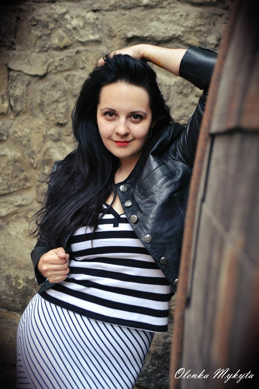 Стройная любит в попу 31 фотография